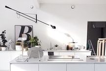 F L O S  2 6 5 / I just need this lamp in my life, desperately!