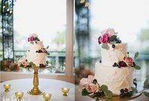 WEDDING : Cake Flowers / You complete me! Nothing compliments a cake like fresh flowers.