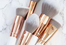   Makeup   / Makeup ideas, makeup, cosmetic bags, eyelashes, makeup ideas, beauty, beauty ideas, makeup DIY