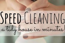 Keeping house (the easy way) / Simplified cleaning for a busy mom with very busy babies.