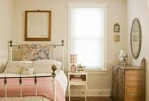 Bedroom decor inspiration / make your bedroom your happy place