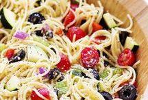 Pasta Salad / by Kristen Veverka