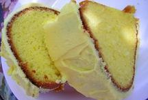 Bundt/Pound Cake / by Kristen Veverka