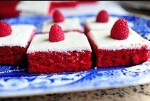 Sheet Cakes / by Kristen Veverka