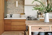 Kitchens / by Claudia Nickolson