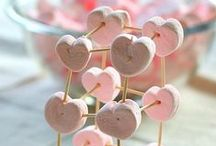 Valentine's Day / Valentine's Day crafts, gifts, books, and teaching ideas for your preschool, kindergarten or primary classroom.