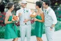 Green Wedding Inspiration / Fabulous ideas and modern inspiration for your green wedding color scheme. Our pins feature centerpieces, cake designs, wedding decor, wedding and bridesmaid's dresses and more!