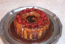 CAKES..delish & heartfelt! / by Julie Paige-Rixe