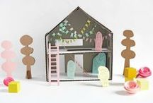 DIY: Doll Houses / Make your own doll house for children.