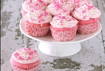Cupcakes / by Robin B