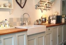 Kitchen Inspiration / My poor kitchen needs a makeover, sourcing ideas