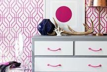 Wallpaper Love / The most stylish wall paper to add a new life to the interior of your home. Bright, modern chic prints like palm leafs, flamingos, and more!