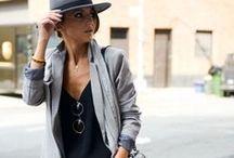 Artful Fashion / Simplicity is the keynote of all true elegance