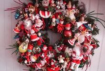 Wreath / by Christine Jellybean