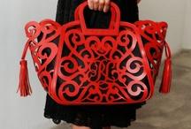 Handbag Heaven / by Lisa McKenzie   Social Business Consultant
