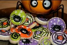 Cookie Creations: Halloween & Fall / A collection of Halloween & Fall cookies! / by Amanda Morris