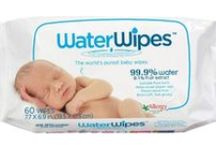 Safer Natural Baby Wipes / Baby wipes are one of the products we use most on our babies, so it makes sense that we should choose the best possible wipes. Hello Charlie's got the lowdown.