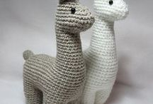 Crafts: Crochet Animals / How to crochet three-dimensional designs, amigurumi patterns and ideas.