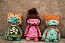 Crochet Madness / For all those fun crochet projects that you want to find again, and even a few knits that get thrown in too.  / by Molly Lansbery