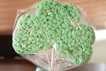 Holidays - St. Patty's Day / St. Patrick's Day Treats & Ideas Rainbows, Leprechauns, Shamrocks, Pot o' Gold & green EVERYTHING!