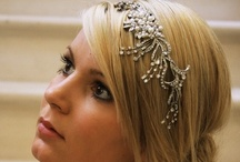 Wedding Headbands & Bridal Hair Combs Ideas / Wedding Headbands and bridal hair combs are a great alternative to a wedding #tiara as they are very versatile as they can be worn in a variety of #hair #styles.