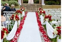 Red Wedding Ideas / Scarlet and red wedding ideas, bridesmaid dresses, accessories, wedding jewellery and reception ideas.
