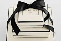 Black,white & ivory wedding / Oh! so swish!! black, ivory and white wedding theme ideas.