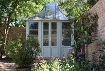 I could live in a Greenhouse / Inspiring ideas for greenhouses.