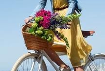Bicicletas y flores. / Bicicletas y flores.