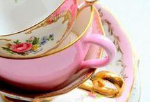 Vintage teacups / Mooie afbeeldingen van theekopjes/theepotten- teacups- cups- cuplove- teapot-theepot- servies- vintage teacups- brocante-