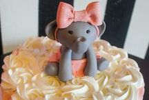 Little Elephant Baby Shower Theme / An adorable baby shower theme, the Little Elephant theme is available in Pink, Blue or Metallic Gold or Silver.