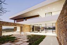 Arquitectura / Unifamiliares, edificios, y demás tipologías arquitectónicas que destacan por encima de las demás por tener un diseño arquitectónico llamativo. / by Vicente J. Serrador Pertegaz
