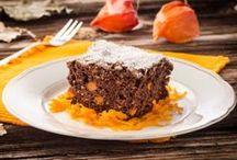 Herbst Rezepte / Kürbis, Weintrauben, Zwetschken, Birnen, Rote Rüben, Maroni uvm. haben jetzt Hochsaison. Wir freuen uns auf cremig wärmende Kürbiscremesuppen, flaumig fruchtigen Zwetschkenkuchen oder Birnenmarmelade. Aber auch wunderbare Gerichte mit Fleisch und Wild verschönern uns den Herbst. Vor allem im November warten Martinigansl und Thanksgiving-Truthahn auf ihren Einsatz. Viel Spaß beim Schmökern und Nachmachen!