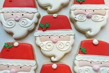 Decorating Christmas Cookies! / Christmas is the most magical time to make cookies!