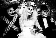 Día de los Muertos / by Emma French