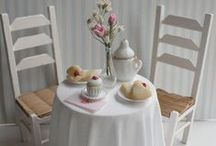 Miniature cafes/sweet shops / dollhouse miniatures and dioramas