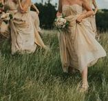 weddings + bridal party / Bridal party photo + style ideas