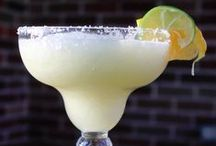 Cocktail Lounge / Fantastic Cocktail Recipes! Everything from Margarita Recipes, Martini Recipes, Shot Recipes, and more!