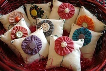 Pincushions / So many cute pincushions they need their own board / by Stacy Lewis