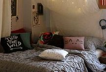 Home: Bedrooms / by Kaylan Mulford