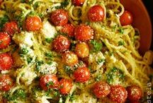 Recipes: Good Eats / by Abigail Sweeney