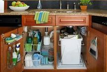 Clean Kitchen 101 / Sick of a dirty, unorganized kitchen? Here are some tips, tricks, and hints on how to make your kitchen more functional!