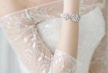 Wedding dresses & Accesories