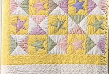SEWING: QUILTS TO MAKE AND MORE QUILTS / by Debbie Loveland