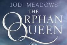 The Orphan Queen / Coming March 2015.