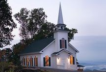 churches both great and small / by Gail Groth