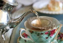 Teacups , Teapots / by Mercia Merino de Medeiros
