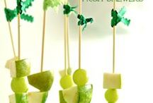 """St. Patrick's Day Inspiration / An excuse to """"kiss me, I'm Irish"""". Food and decor ideas for St. Patty's Day fun."""