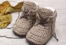 Crochet baby shoes, slippers / by lanasyovillos .