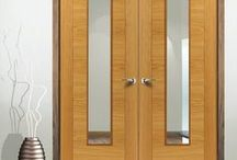 Double Fire Doors / A large choice of double fire doors in a selection of finishes including White, Oak, Walnut and other veneers and also in Flush, Panelled and Glazed versions..